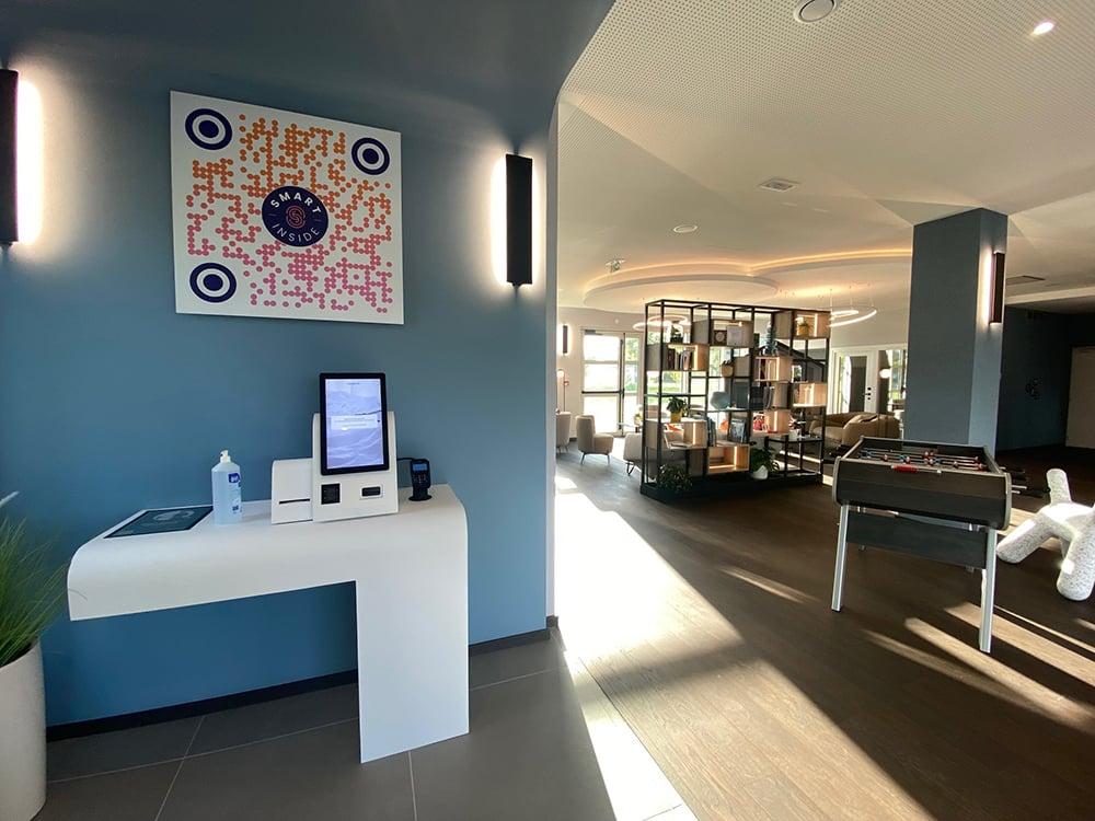 Campanile Smart LyonBron Eurexpo 2100 kiosk